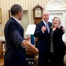 PRESIDENT BARACK OBAMA WITH JOE BIDEN AND HILLARY CLINTON - 8X10 PHOTO (CC-096)