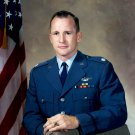 ED WHITE USAF LIEUTENANT COLONEL AND NASA ASTRONAUT - 8X10 PHOTO (EP-605)