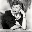 LUCILLE BALL TELEVISION AND FILM ACTRESS - 8X10 RARE PUBLICITY PHOTO (DD-095)