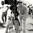 DAVID BOWIE ON SET OF 'THE MAN WHO FELL TO EARTH' 8X10 PUBLICITY PHOTO (EE-009)