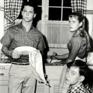 TONY DOW AND JERRY MATHERS IN 'LEAVE IT TO BEAVER' 8X10 PUBLICITY PHOTO (DA-583)