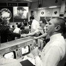 MISSION CONTROL CELEBRATES RETURN OF APOLLO 13 KRANZ - 8X10 NASA PHOTO (AA-247)