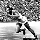 JESSE OWENS AT THE 1936 SUMMER OLYMPICS IN BERLIN - 8X10 PHOTO (AA-162)