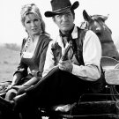 "DEAN MARTIN AND LAURA DEVON IN A 1964 EPISODE OF ""RAWHIDE"" - 8X10 PHOTO (DA-738)"