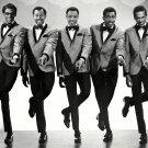 THE TEMPTATIONS LEGENDARY MOTOWN R&B MUSIC GROUP - 8X10 PUBLICITY PHOTO (DD-153)