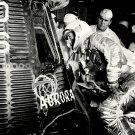 MERCURY ASTRONAUT SCOTT CARPENTER INSPECTS AURORA 7 - 8X10 NASA PHOTO (AA-300)