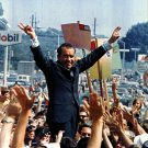 RICHARD M. NIXON CAMPAIGNS IN PHILADELPHIA IN JULY, 1968 - 8X10 PHOTO (AA-705)