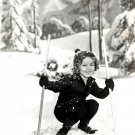SHIRLEY TEMPLE LEGENDARY FILM ACTRESS - 8X10 PUBLICITY PHOTO (DA-053)