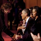 BOB DYLAN GREETS PRESIDENT BARACK OBAMA AFTER PERFORMANCE - 8X10 PHOTO (BB-991)