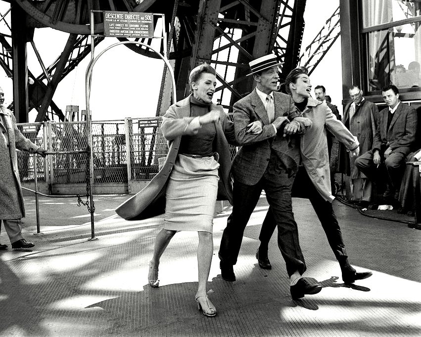 """FRED ASTAIRE & AUDREY HEPBURN IN """"FUNNY FACE"""" - 8X10 PUBLICITY PHOTO (ZZ-418)"""