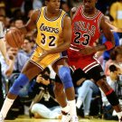 NBA LEGENDS MICHAEL JORDAN AND MAGIC JOHNSON - 8X10 SPORTS PHOTO (OP-089)