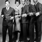 SMOKEY ROBINSON & THE MIRACLES MOTOWN LEGENDS - 8X10 PUBLICITY PHOTO (EP-046)