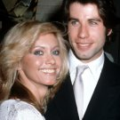 OLIVIA NEWTON-JOHN AND JOHN TRAVOLTA IN 1979 - 8X10 PUBLICITY PHOTO (DA-756)