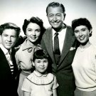 """FATHER KNOWS BEST"" MAIN CAST FROM THE TV SHOW - 8X10 PUBLICITY PHOTO (DA-759)"