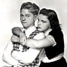 "MICKEY ROONEY & JUDY GARLAND IN ""LOVE FINDS ANDY HARDY"" - 8X10 PHOTO (DA-091)"