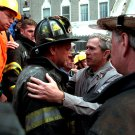 PRES GEORGE W BUSH EMBRACES FIREFIGHTER @ WORLD TRADE CENTER 8X10 PHOTO (AA-070)