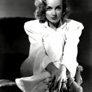 ACTRESS CAROLE LOMBARD - 8X10 PUBLICITY PHOTO (BB-259)
