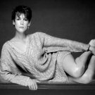 ACTRESS JAMIE LEE CURTIS - 8X10 PUBLICITY PHOTO (DD-038)