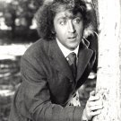 ACTOR GENE WILDER - 8X10 PUBLICITY PHOTO (ZY-306)