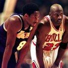 KOBE BRYANT AND MICHAEL JORDAN NBA LEGENDS - 8X10 SPORTS PHOTO (AZ056)