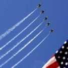 AIR FORCE THUNDERBIRDS PERFORM A PASS - 8X10 PHOTO (AZ175)
