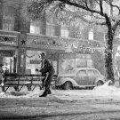 "JAMES STEWART ON SET OF ""IT'S A WONDERFUL LIFE"" - 8X10 PUBLICITY PHOTO (ZZ-668)"