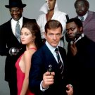 "CAST FROM THE 1973 JAMES BOND FILM ""LIVE AND LET DIE"" - 8X10 PHOTO (OP-091)"