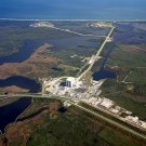 AERIAL VIEW OF LAUNCH COMPLEX 39 AT KENNEDY SPACE CENTER - 8X10 PHOTO (EP-177)