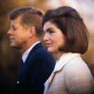 PRESIDENT JOHN F. KENNEDY & FIRST LADY JACQUELINE IN 1963 - 8X10 PHOTO (ZY-334)