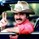 "BURT REYNOLDS IN THE FILM ""SMOKEY AND THE BANDIT"" 8X10 PUBLICITY PHOTO (ZY-340)"