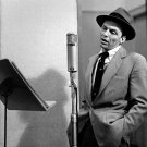 FRANK SINATRA IN THE RECORDING STUDIO RAT PACK - 8X10 PUBLICITY PHOTO (ZZ-052)