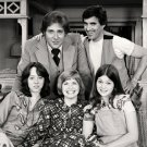 "THE CAST FROM THE TV SITCOM ""ONE DAY AT A TIME"" - 8X10 PUBLICITY PHOTO (ZZ-063)"