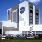 NASA VEHICLE ASSEMBLY BUILDING (VAB) AT KENNEDY SPACE CENTER 8X10 PHOTO (ZZ-066)