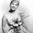 ACTRESS DEBBIE REYNOLDS WITH REPRINT AUTOGRAPH - 8X10 PUBLICITY PHOTO (DD-188)