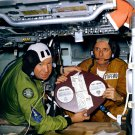 APOLLO-SOYUZ PLAQUE ALEKSEI LEONOV & TOM STAFFORD - 8X10 NASA PHOTO (BB-185)