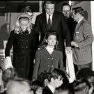 JACKIE KENNEDY LEAVES PLANE CARRYING ROBERT KENNEDY'S BODY - 8X10 PHOTO (AA-830)