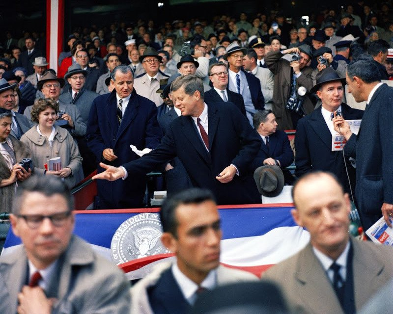 PRESIDENT JOHN F. KENNEDY OPENING DAY 1961 BASEBALL SEASON - 8X10 PHOTO (BB-248)