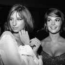 BARBRA STREISAND & NATALIE WOOD @ THE COCONUT GROVE IN 1963 8X10 PHOTO (CC-197)