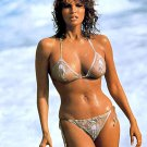 RAQUEL WELCH ACTRESS AND SEX-SYMBOL - 8X10 PUBLICITY PHOTO (SP-008)