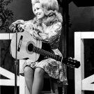DOLLY PARTON SINGER-SONGWRITER - 8X10 PUBLICITY PHOTO (EP-887)