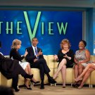 "BARACK OBAMA RECORDS AN EPSIDOE OF THE ABC SHOW ""THE VIEW"" - 8X10 PHOTO (ZY-382)"