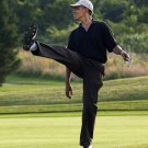 BARACK OBAMA PUTS BODY ENGLISH ON SHOT WHILE PLAYING GOLF - 8X10 PHOTO (ZY-395)