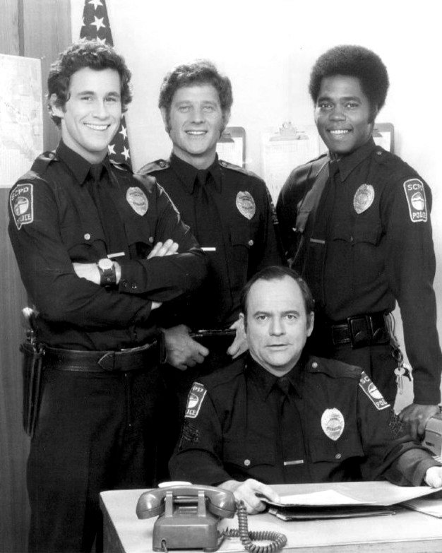 """""""THE ROOKIES"""" CAST FROM THE ABC TELEVISION PROGRAM 8X10 PUBLICITY PHOTO (ZY-416)"""