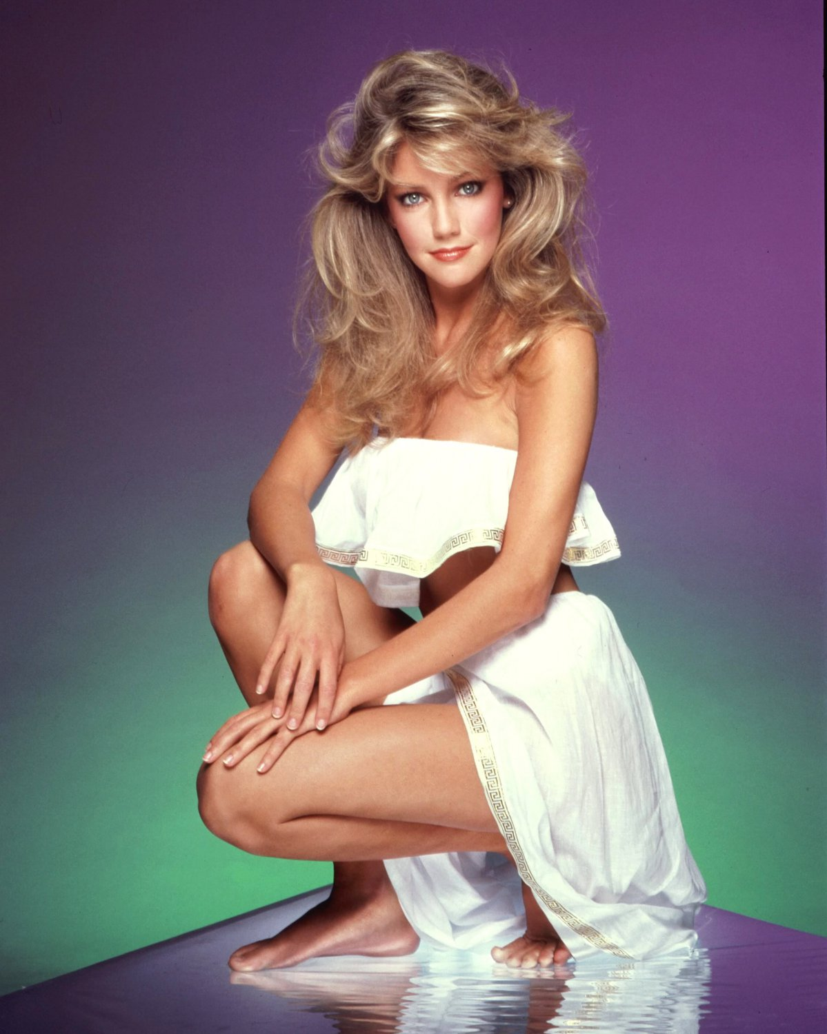 ACTRESS HEATHER LOCKLEAR - 8X10 PUBLICITY PHOTO (ZY-437)
