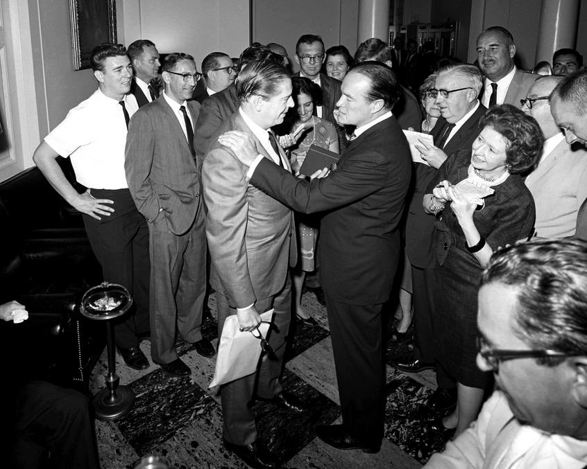 BOB HOPE & MILTON BERLE AFTER KENNEDY MEDAL PRESENTATION - 8X10 PHOTO (ZY-445)