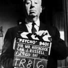 "DIRECTOR / PRODUCER ALFRED HITCHCOCK ON ""PSYCHO"" SET - 8X10 PHOTO (ZZ-292)"