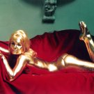 "SHIRLEY EATON IN ""JAMES BOND"" FILM ""GOLDFINGER"" - 8X10 PUBLICITY PHOTO (ZY-489)"