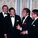 JOHN WAYNE, RONALD REAGAN, DEAN MARTIN & FRANK SINATRA 1977 8X10 PHOTO (ZY-490)