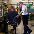 PRESIDENT BARACK OBAMA TOURS MASTER LOCK COMPANY IN 2012 - 8X10 PHOTO (ZY-508)