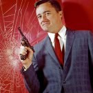 "ROBERT VAUGHN ""NAPOLEON SOLO"" IN ""THE MAN FROM U.N.C.L.E."" - 8X10 PHOTO (ZY-609)"